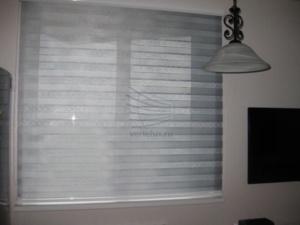 Рулонные шторы день-ночь на кухню