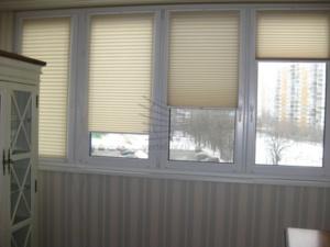 шторы плиссе на балкон