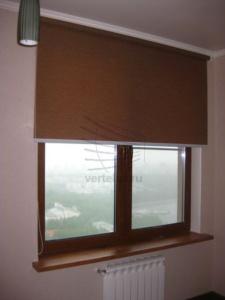 Рулонные шторы в гардеробе